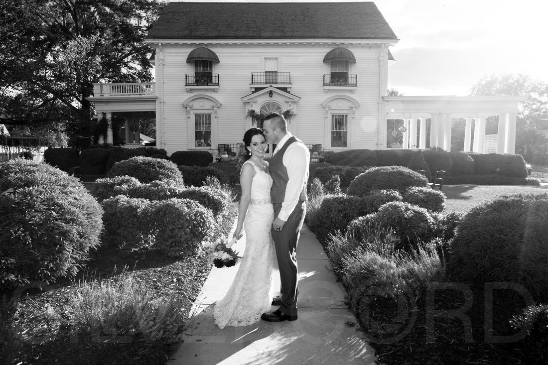 S & H's Wedding 2017-205BW