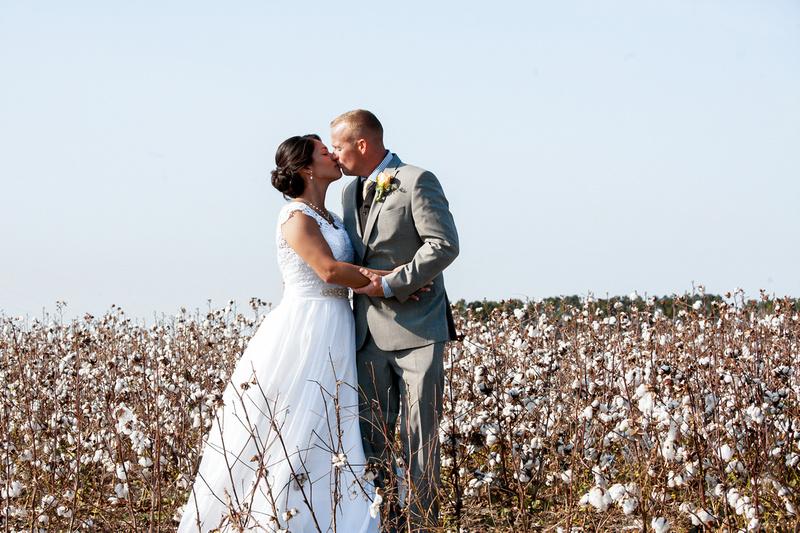 Backyard Raleigh wedding photography by North Carolina wedding photographer S. Siko of Silvercord Event Photography-32